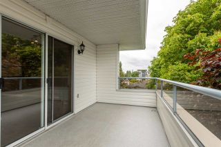 Photo 6: 307 5377 201A STREET in Langley: Langley City Condo for sale : MLS®# R2457477