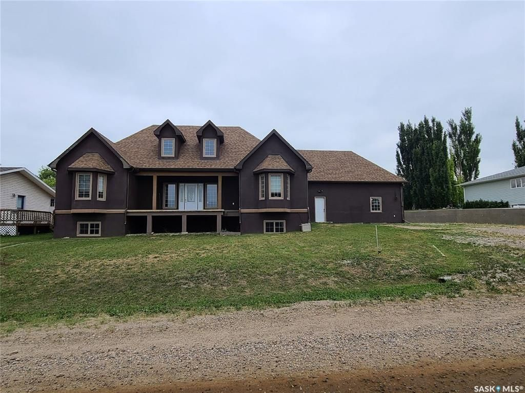 Main Photo: 221 Poplar Crescent in Turtleford: Residential for sale : MLS®# SK864456
