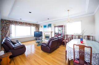 Photo 6: 7613 IMPERIAL Street in Burnaby: Buckingham Heights House for sale (Burnaby South)  : MLS®# R2588722