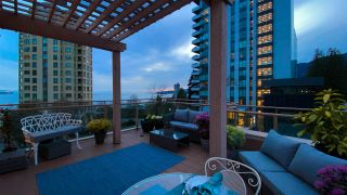 "Photo 6: 506 2271 BELLEVUE Avenue in West Vancouver: Dundarave Condo for sale in ""The Rosemont on Bellevue"" : MLS®# R2562061"