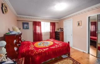 Photo 3: 8865 KING GEORGE Boulevard in Surrey: Queen Mary Park Surrey House for sale : MLS®# R2557654