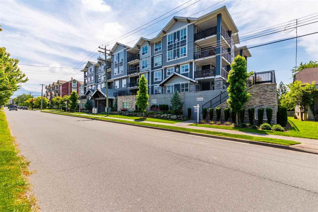 """Photo 22: Photos: 206 45630 SPADINA Avenue in Chilliwack: Chilliwack W Young-Well Condo for sale in """"The Boulevard"""" : MLS®# R2489211"""