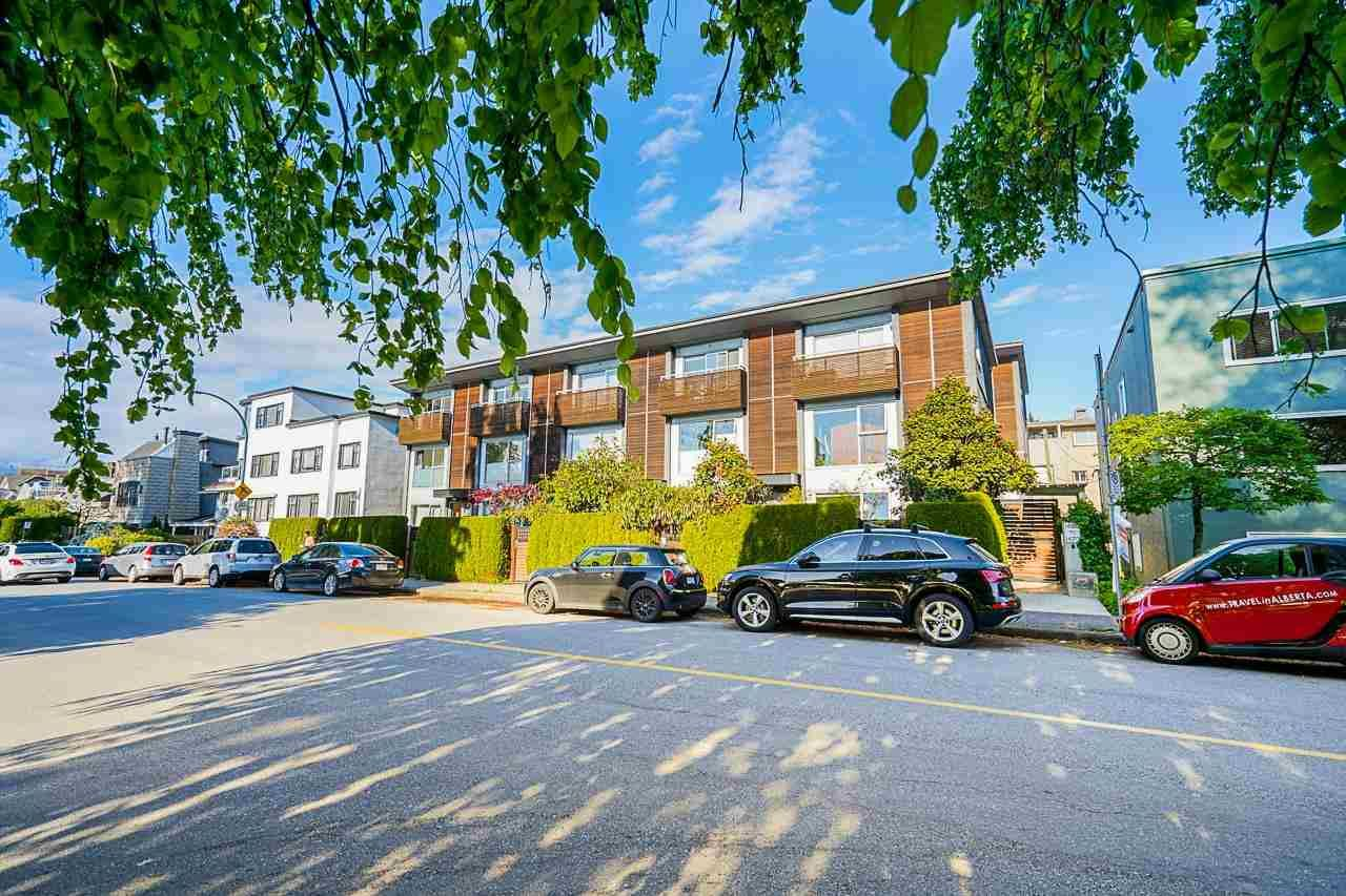 Main Photo: 1462 ARBUTUS STREET in Vancouver: Kitsilano Townhouse for sale (Vancouver West)  : MLS®# R2580636
