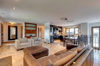 Photo 3: 343 Parkwood Close SE in Calgary: Parkland Detached for sale : MLS®# A1140057