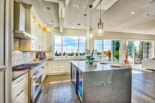 Photo 3: 351 E 26TH Street in North Vancouver: Upper Lonsdale House for sale : MLS®# R2512814