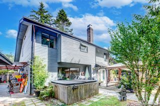"""Photo 3: 1619 133A Street in Surrey: Crescent Bch Ocean Pk. House for sale in """"AMBLE GREEN PARK"""" (South Surrey White Rock)  : MLS®# R2613366"""