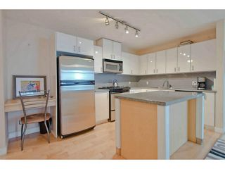 """Photo 5: 604 155 W 1ST Street in North Vancouver: Lower Lonsdale Condo for sale in """"Time"""" : MLS®# V1050173"""