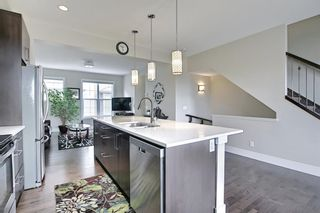 Photo 17: 444 Quarry Way SE in Calgary: Douglasdale/Glen Row/Townhouse for sale : MLS®# A1094767