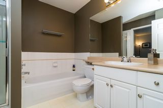 """Photo 24: 48 20761 TELEGRAPH Trail in Langley: Walnut Grove Townhouse for sale in """"WOODBRIDGE"""" : MLS®# F1427779"""