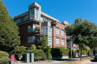 """Main Photo: 407 2181 W 12TH Avenue in Vancouver: Kitsilano Condo for sale in """"The Carlings"""" (Vancouver West)  : MLS®# R2620135"""