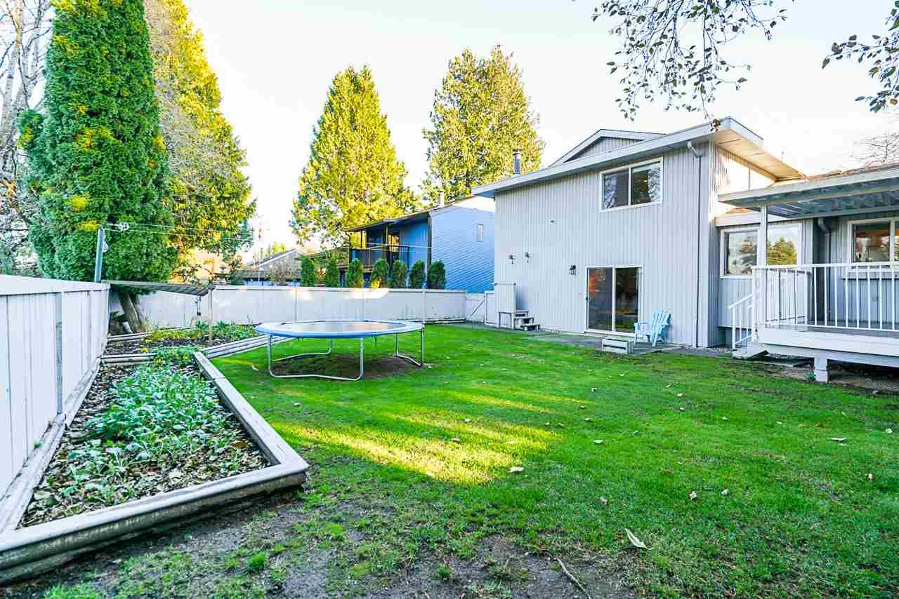 Photo 33: Photos: 12860 CARLUKE Crescent in Surrey: Queen Mary Park Surrey House for sale : MLS®# R2516199