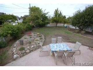 Photo 10: 2568 Eastdowne Rd in VICTORIA: OB Henderson House for sale (Oak Bay)  : MLS®# 514804
