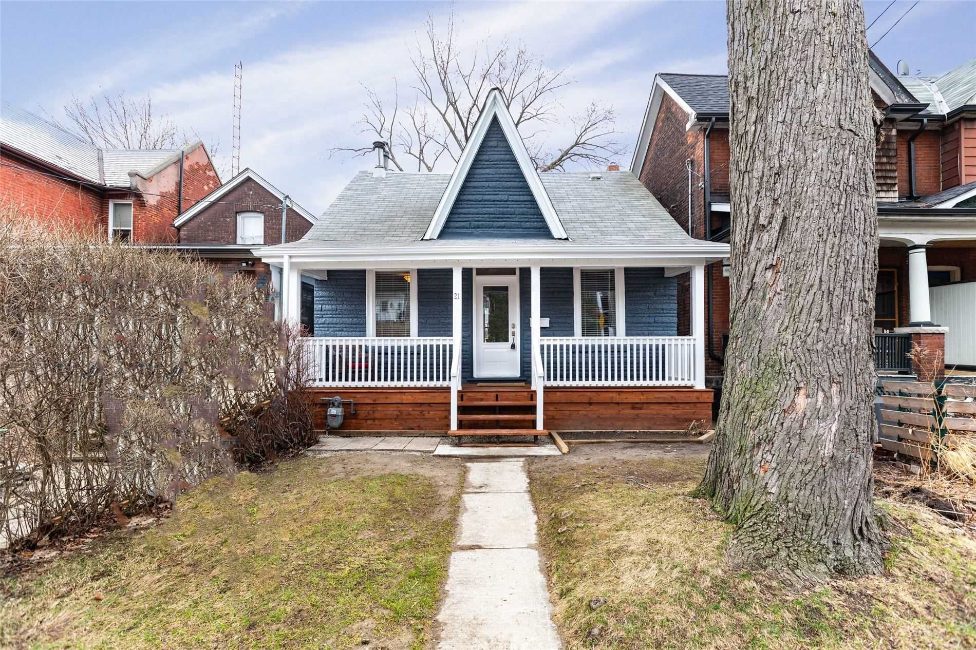 Main Photo: 21 Callender Street in Toronto: Roncesvalles House (1 1/2 Storey) for sale (Toronto W01)  : MLS®# W5205803