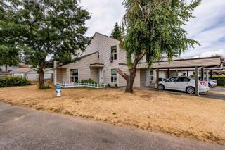 Photo 1: 87 3030 TRETHEWEY Street in Abbotsford: Abbotsford West Townhouse for sale : MLS®# R2625397