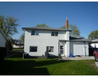 Photo 3: 612 HARTFORD Avenue in WINNIPEG: West Kildonan / Garden City Residential for sale (North West Winnipeg)  : MLS®# 2909689