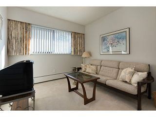 """Photo 11: 33 11551 KINGFISHER Drive in Richmond: Westwind Townhouse for sale in """"WEST CHELSEA/WESTWIND"""" : MLS®# V1044115"""