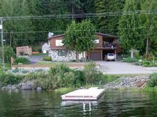 Photo 2: 7655 Squilax Anglemont Road in Anglemont: North Shuswap House for sale (Shuswap)  : MLS®# 10125296