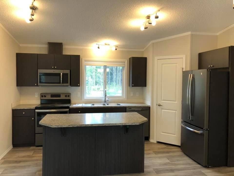 Photo 4: Photos: 8369 CANTLE Drive in Prince George: Western Acres Manufactured Home for sale (PG City South (Zone 74))  : MLS®# R2528020