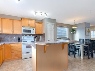 Photo 8: 649 EVERMEADOW Road SW in Calgary: Evergreen Detached for sale : MLS®# C4219450