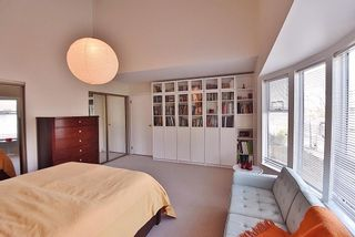 """Photo 11: 2669 W 10TH Avenue in Vancouver: Kitsilano Townhouse for sale in """"SIGNATURE COURT"""" (Vancouver West)  : MLS®# R2166556"""