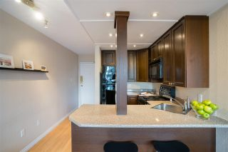 """Photo 8: 513 950 DRAKE Street in Vancouver: Downtown VW Condo for sale in """"ANCHOR POINT"""" (Vancouver West)  : MLS®# R2557103"""