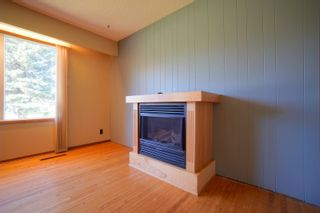 Photo 3: 82 Grafton St in Macgregor: House for sale : MLS®# 202123024