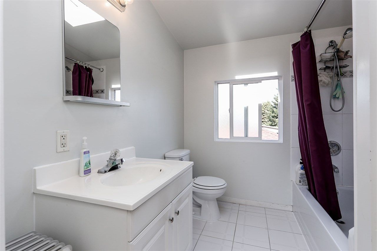 Photo 15: Photos: 4420 NANAIMO Street in Vancouver: Collingwood VE House for sale (Vancouver East)  : MLS®# R2006921