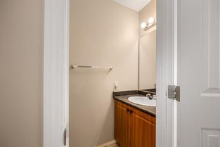 Photo 12: 38 Eversyde Common SW in Calgary: Evergreen Row/Townhouse for sale : MLS®# A1144628