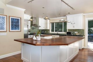 Photo 12: POINT LOMA House for sale : 3 bedrooms : 858 Moana Dr in San Diego