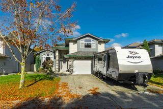 Photo 1: 23923 121 Avenue in Maple Ridge: East Central House for sale : MLS®# R2415031
