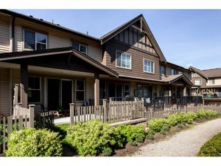 """Photo 2: 21 9525 204 Street in Langley: Walnut Grove Townhouse for sale in """"TIME"""" : MLS®# R2364316"""