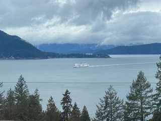 "Photo 7: 8745 SEASCAPE Drive in West Vancouver: Howe Sound Townhouse for sale in ""Seascapes"" : MLS®# R2546161"
