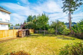Photo 4: 14933 GLEN AVON Drive in Surrey: Bolivar Heights House for sale (North Surrey)  : MLS®# R2612505