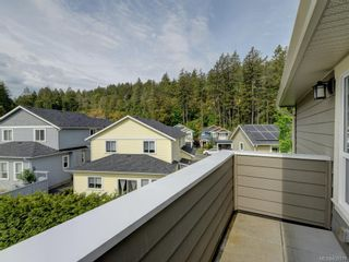 Photo 10: 15 Haagensen Crt in View Royal: VR Six Mile House for sale : MLS®# 839376