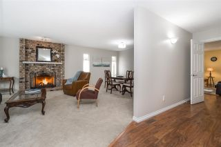 """Photo 3: 14230 20 Avenue in Surrey: Sunnyside Park Surrey House for sale in """"Sunnyside"""" (South Surrey White Rock)  : MLS®# R2499825"""