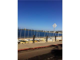 Photo 6: PACIFIC BEACH Condo for sale : 2 bedrooms : 1225 Pacific Beach Drive #4b in San Diego