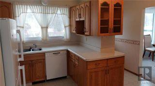 Photo 8: 202 Barron Drive in Winnipeg: Residential for sale (5G)  : MLS®# 1830044
