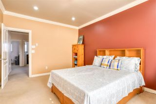 Photo 39: 7118 144 Street in Surrey: East Newton 1/2 Duplex for sale : MLS®# R2588083