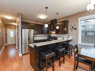Photo 11: 13 2112 Cumberland Rd in COURTENAY: CV Courtenay City Row/Townhouse for sale (Comox Valley)  : MLS®# 831263