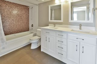 """Photo 10: 108 210 CARNARVON Street in New Westminster: Downtown NW Condo for sale in """"Hillside Heights"""" : MLS®# R2565656"""