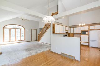 Photo 5: 27 Des Intrepides Promenade in Winnipeg: St Boniface Residential for sale (2A)  : MLS®# 202113147