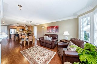 "Photo 7: PH5 15357 ROPER Avenue: White Rock Condo for sale in ""REGENCY COURT"" (South Surrey White Rock)  : MLS®# R2547054"