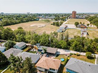 Photo 27: 29 Riley Crescent in Winnipeg: East Fort Garry Residential for sale (1J)  : MLS®# 202118599