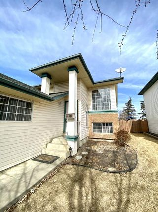 Photo 2: 21 DONALD Place: St. Albert House for sale : MLS®# E4235962
