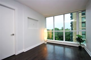 """Photo 7: 807 10777 UNIVERSITY Drive in Surrey: Whalley Condo for sale in """"City Point"""" (North Surrey)  : MLS®# R2593090"""