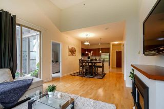 """Photo 4: 424 10180 153 Street in Surrey: Guildford Condo for sale in """"Charleton Park"""" (North Surrey)  : MLS®# R2582577"""