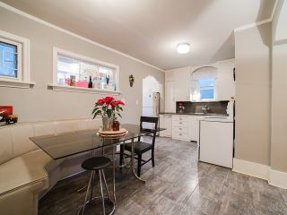 Photo 4: 1951 E 8TH Avenue in Vancouver: Grandview VE House for sale (Vancouver East)  : MLS®# R2028022