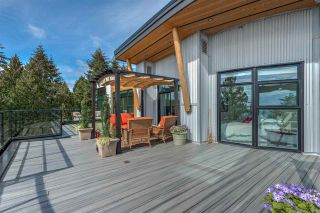 """Photo 15: 501 14855 THRIFT Avenue: White Rock Condo for sale in """"Royce"""" (South Surrey White Rock)  : MLS®# R2149849"""