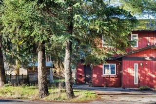 Photo 1: B 2320 Sooke Rd in : Co Hatley Park Half Duplex for sale (Colwood)  : MLS®# 863031