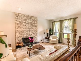 Photo 7: 9 1901 VARSITY ESTATES Drive NW in Calgary: Varsity Row/Townhouse for sale : MLS®# C4303161